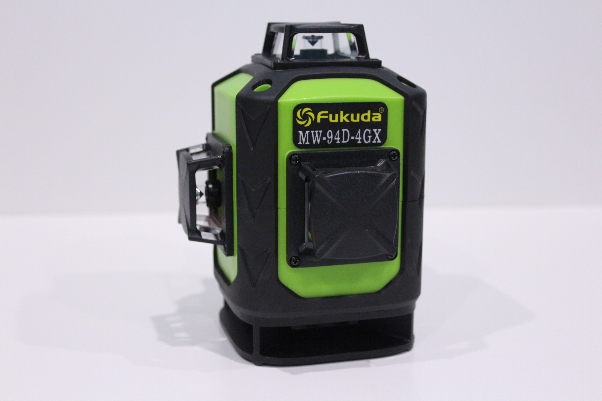 Appearance of the laser level FUKUDA MW-94D-4GX.