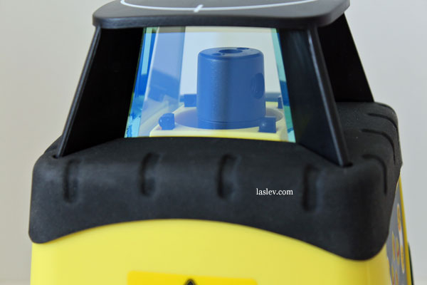 The rotating head laser level