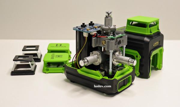 Disassembled laser level Huepar B03CG