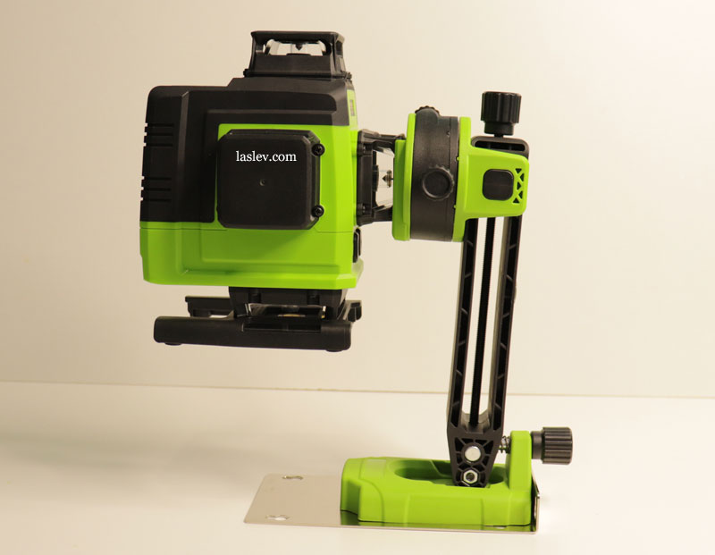 Non-standard installation of the Zokoun IE16R laser level on a magnetic mount.