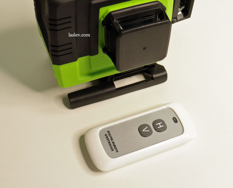 Remote control from the Zokoun IE16R 4D 16 Lines laser level.