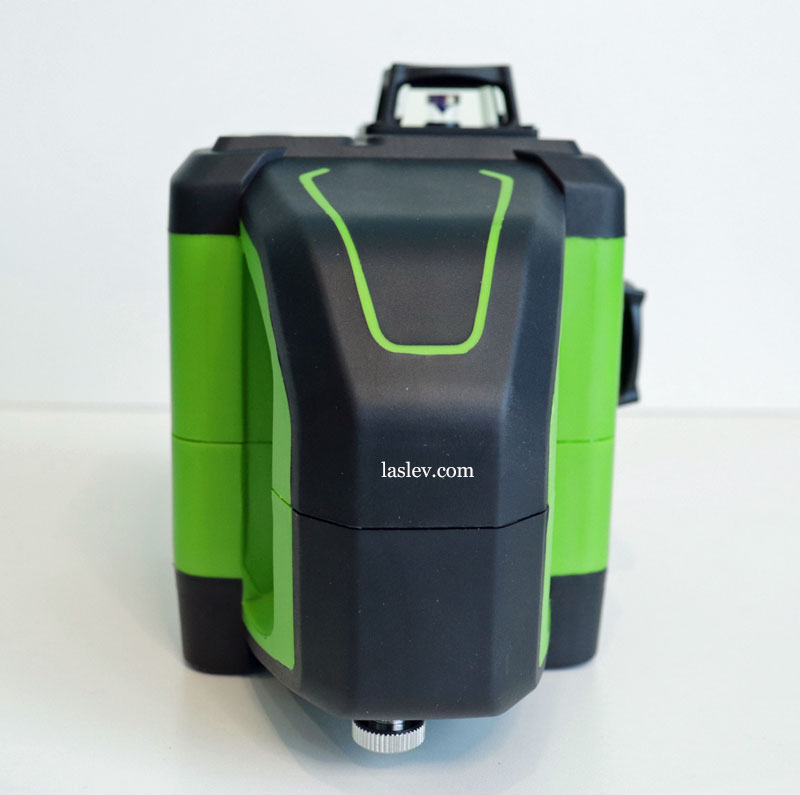 Large thick handle at the laser level