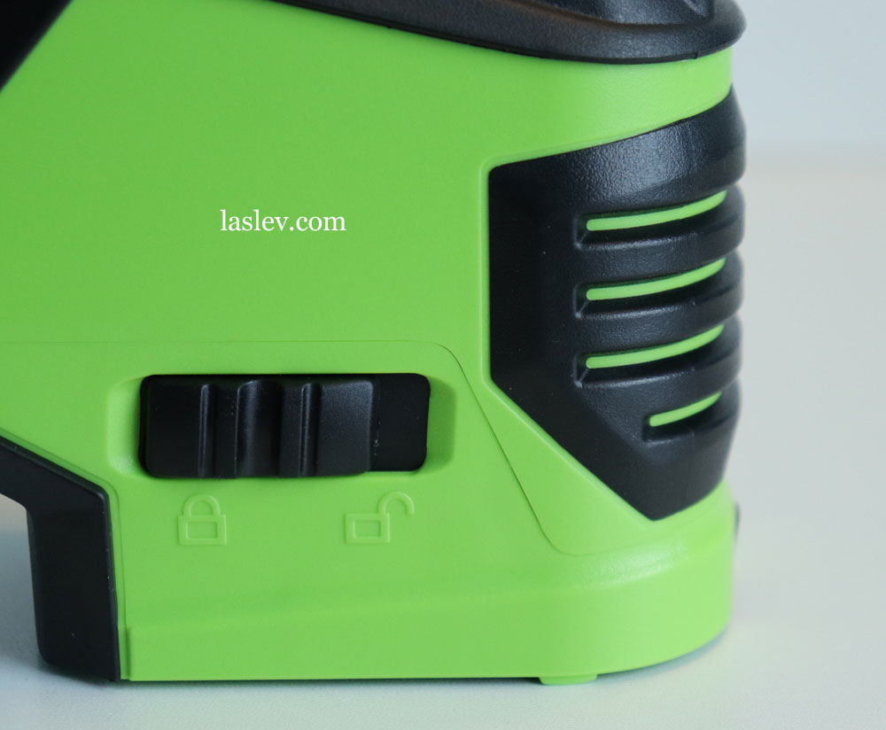 The overall build quality and the coupling of parts at the Huepar 621CG laser level.